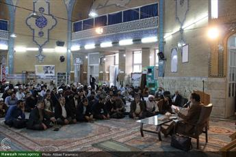 تصاویر/ نشست سیاسی در مدرسه علمیه معصومیه قم