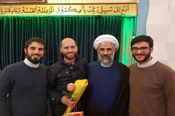 جوان آلمانی در مرکز اسلامی هامبورگ مسلمان شد+تصاویر