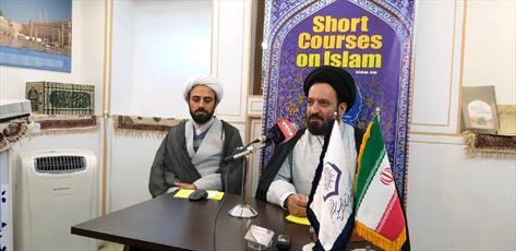 در مدرسه ناصریه به دنبال مسلمان کردن توریست ها نیستیم