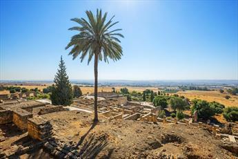 """تصاویری دیدنی از شهر اسلامی """" الزهرا"""" در اسپانیا"""
