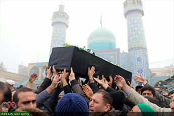 تصاویر/ مراسم تشییع پیکر مرحوم سید میر بابا سیدی در شیروان