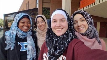 سمینار «ابهام زدایی از لباس اسلامی» در دانشگاه ویرجینیا برگزار شد