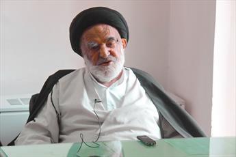 مرحوم آیت الله کریمی از مدافعان قاطع انقلاب اسلامی و همراه وفادار رهبری بود