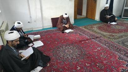 مدیر حوزه علمیه استان فارس: طلابی که «الفائق» را بخوانند از یک امتحان شفاهی معاف می شوند