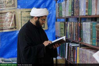 آغاز به کار چهاردهمین نمایشگاه بزرگ کتاب خوزستان