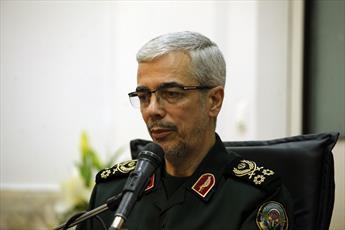 رئیس ستاد کل نیروهای مسلح: نقش روحانیت در دفاع مقدس و خنثی سازی توطئه دشمنان بی بدیل است