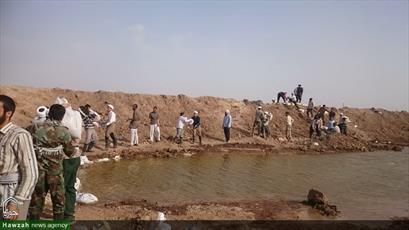 تصاویر شما/ کمک رسانی طلاب مدرسه علمیه علوی قم در مناطق سیل زده لرستان