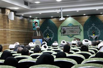 نخبگان حوزه و دانشگاه در تبیین الگوی حکمرانی اسلامی کمکاری دارند