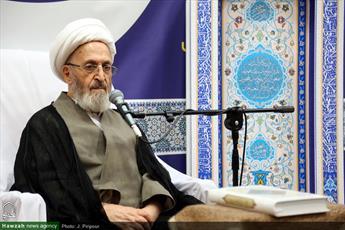 آیت الله فقیه ایمانی از علمای بزرگ اصفهان بود