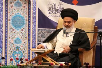 فیلم/ آیت الله حسینی بوشهری: شهدای مدافع حرم آبرو و عزت اسلام هستند