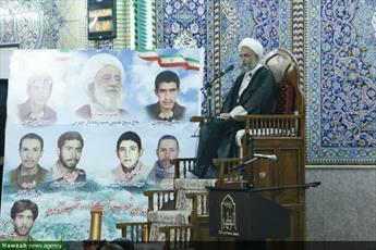 تصاویر شما/ مراسم بزرگداشت مرحوم آیت الله شب زنده دار در جهرم