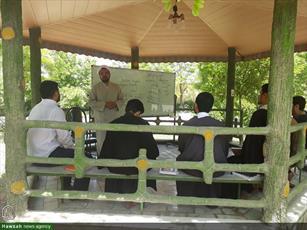 تصاویر شما/ اردوی طلاب مدرسه علمیه صدوقی فاز ۵ قم  در جوار حرم رضوی