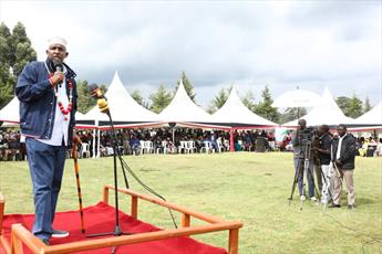رهبرمجلس نمایندگان کنیا خواستار رعایت حقوق دختران محجبه در مدارس شد