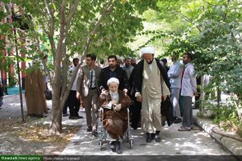 فیلم/ حضور آیت الله یزدی در مدرسه علمیه معصومیه