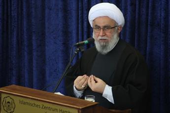 حجت الاسلام والمسلمین رمضانی امام و مدیر مرکز اسلامی هامبورگ