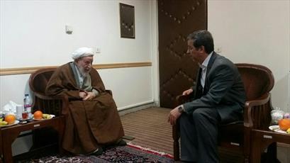 دیدار شهردار قم با ایت الله یزدی