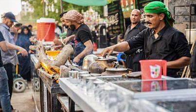 ارائه خدمات موکب های عزاداری به عزاداران حسینی در کربلا