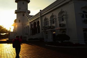 چگونه «نماز جمعه» مرا مسلمان کرد