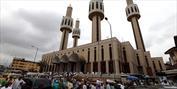 کشیش نیجریه ای برای پروژه مسجدسازی به مسلمانان   کمک کرد