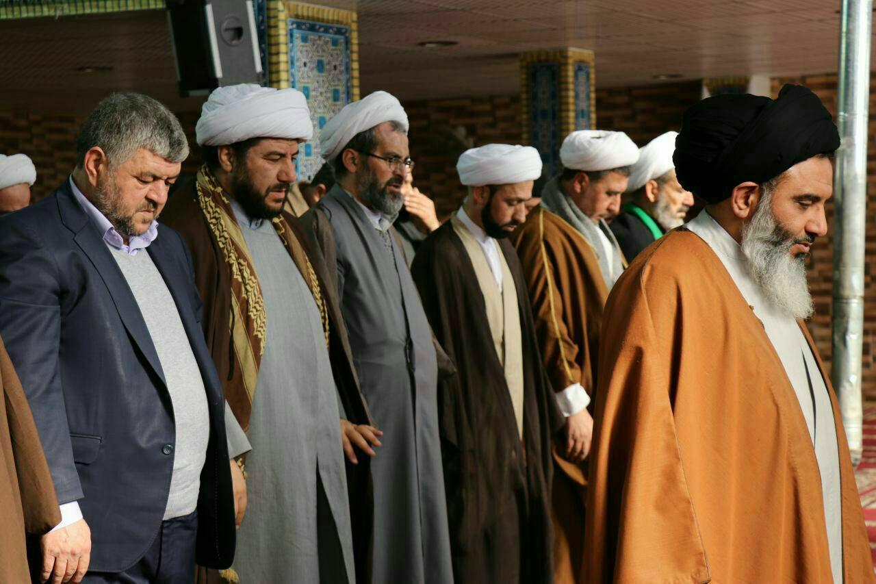 حضور نماینده مقام معظم رهبری در میان مردم و علمای حمص سوریه
